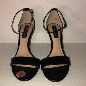 New Steven by Steve Madden Black Leather Sandals 8